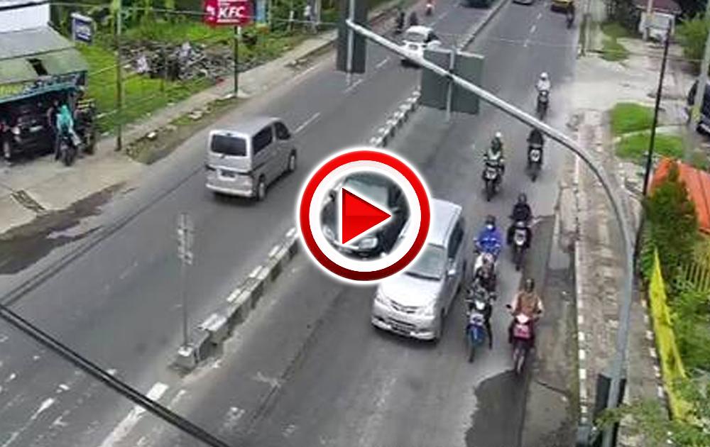CCTV Simpang Telukan
